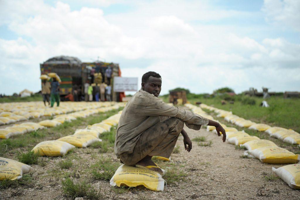 Somalian IDP and food aid.