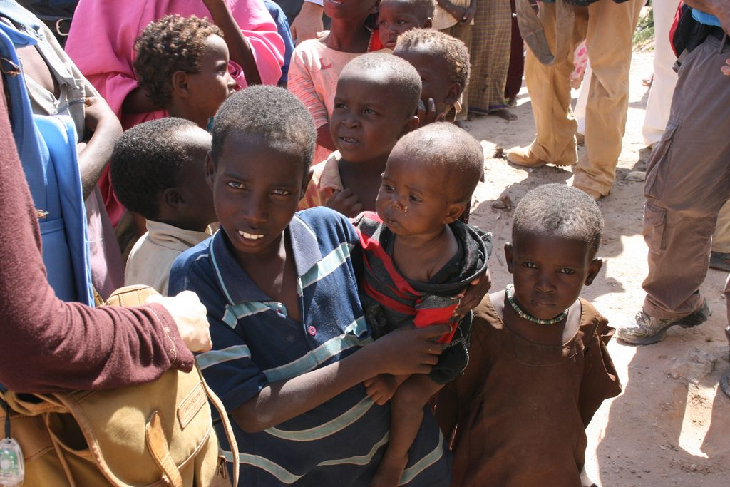 Children receiving food aid in Mogadishu